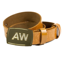 Daiamate buckle on leather belt