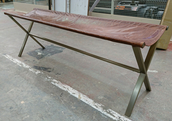 Devanet leather bench