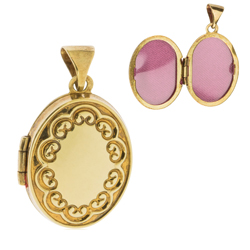 9 ct gold locket 17 x 13 mm