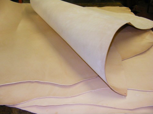 Vegtan natural leather hide
